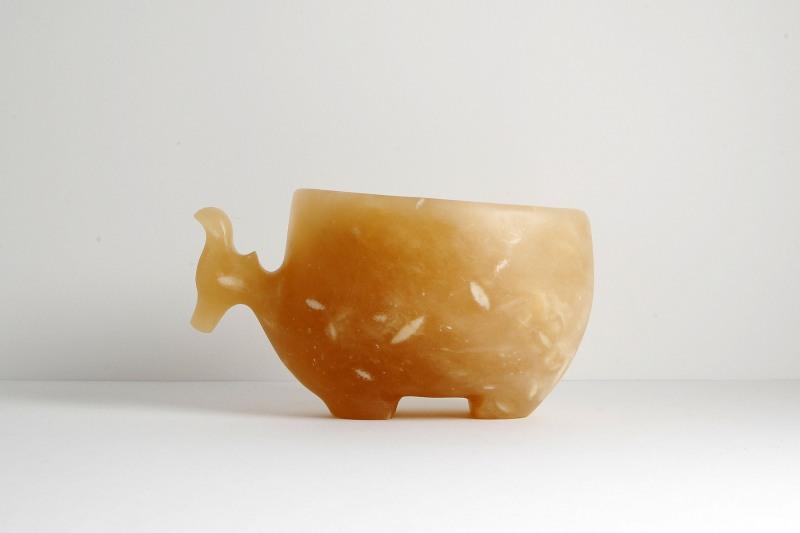 Antilope Alabaster in Gefäßform, H 9 cm, L 16,5 cm, 490,-€