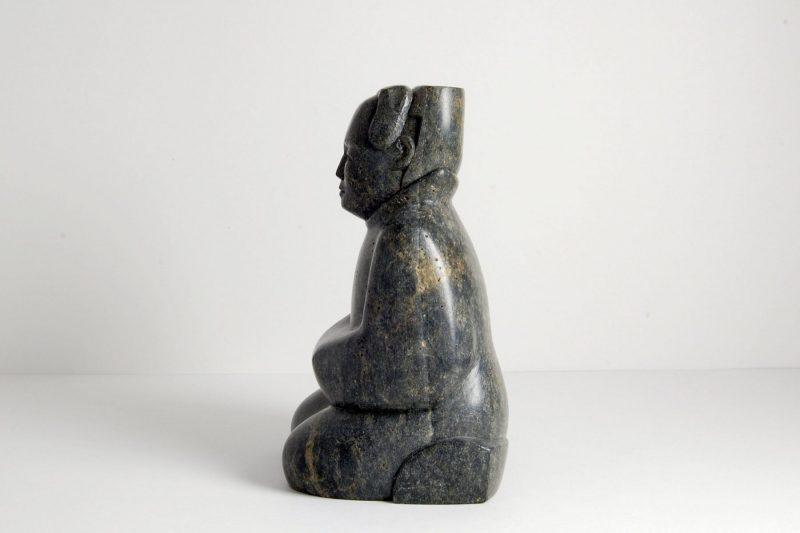Dienerfigur Speckstein, H 15cm, B 9cm, verkauft