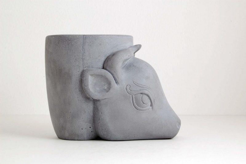 Stierkopf Steinguss grau, H 10,2 cm, L 13,5 cm, 145,-€