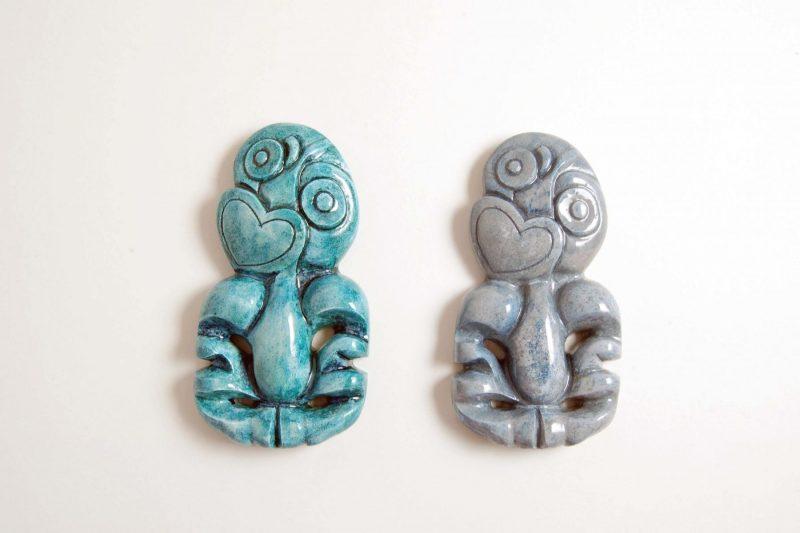 Tiki Figur, Steinguss, bemalt und glasiert, H 10,2 cm, 35,-€